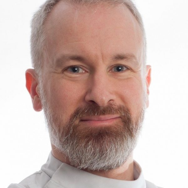 Chris Geatch | Osteopath | The Flying Physios | Hertfordshire | Buckinghamshire